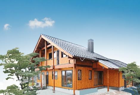 薪ストーブ付平屋風大屋根外壁全面桧板張り住宅