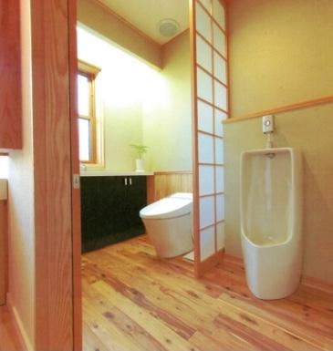 引き戸式トイレのワーロン紙嵌め込み間仕切り障子