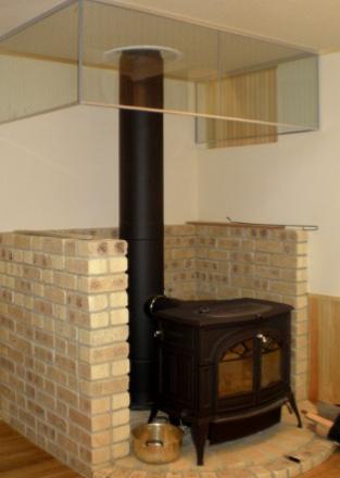 強制循環高換気システム型2重煙突の薪ストーブ